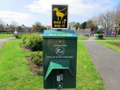 Dog bins Louie Horrocks Park