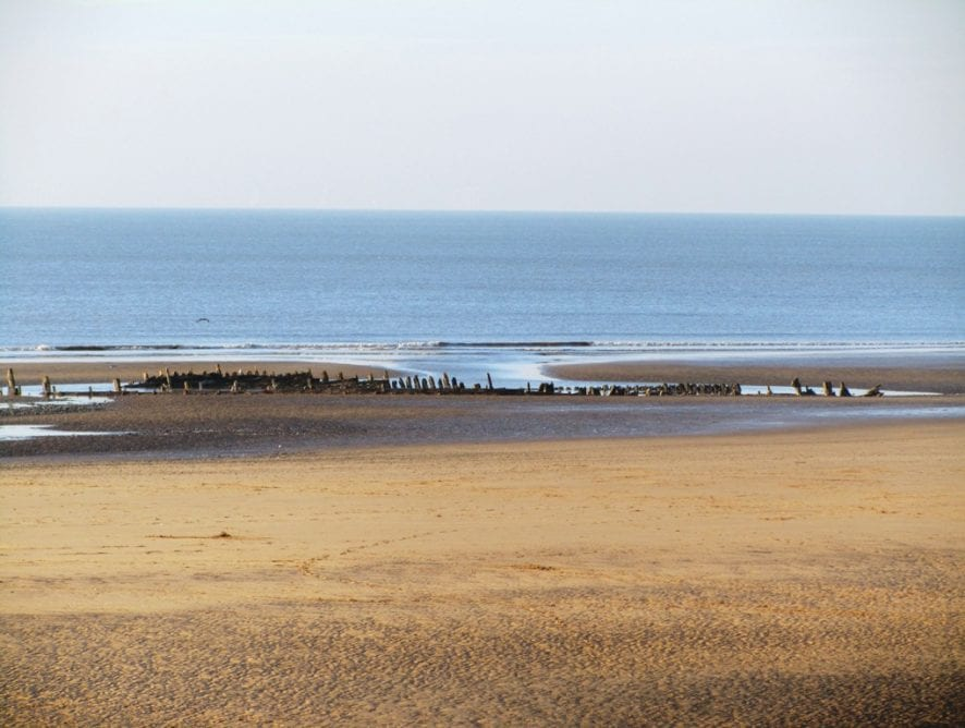 North Shore: Abana Shipwreck