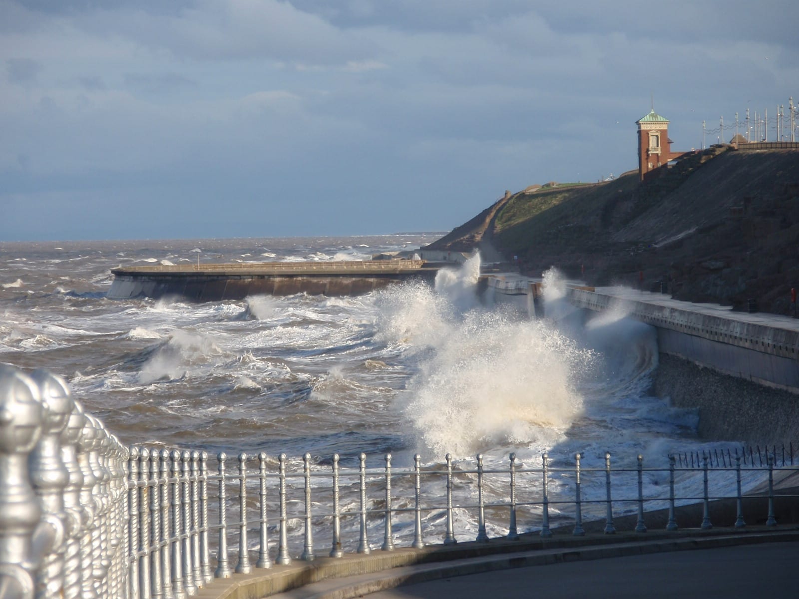 Sea Overtopping at the Cliffs, Blackpool North Shore