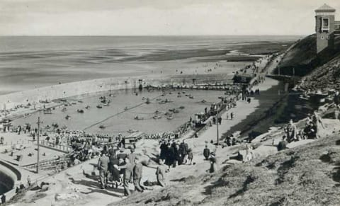 Blackpool North Shore Boating Pool, Nick Laister Collection