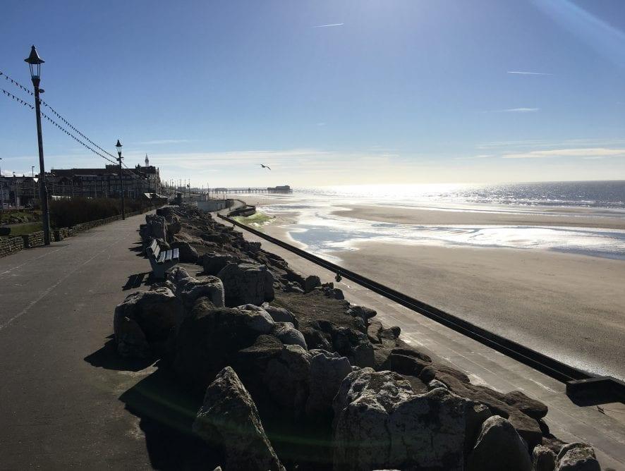 North Shore:Cliffs