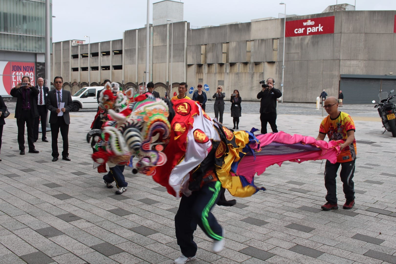 Display by Chinese community in Blackpool to welcome guests from Sanya